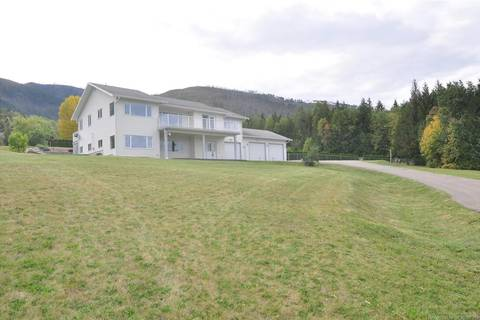 House for sale at 2190 Country Woods Rd Sorrento British Columbia - MLS: 10181913