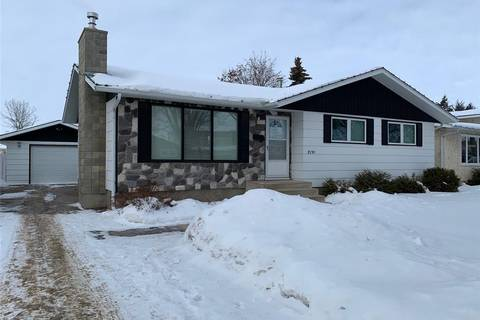 House for sale at 2191 95th St North Battleford Saskatchewan - MLS: SK799490