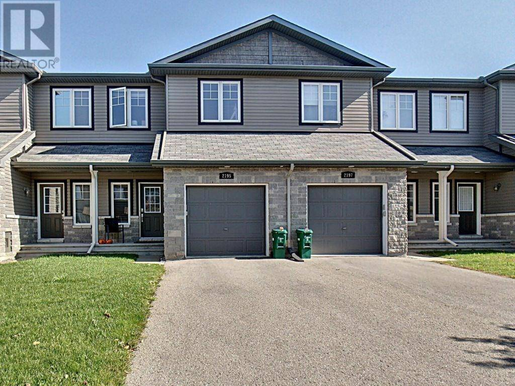 Townhouse for sale at 2195 Descartes St Orleans Ontario - MLS: 1172542