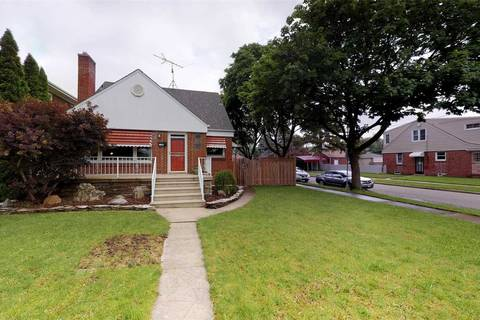 House for sale at 2196 Moy Ave Out Of Area Ontario - MLS: X4481012