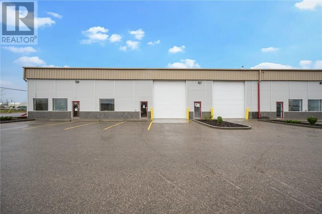 Commercial property for lease at 230 Mackay Cres Apartment 21a Fort Mcmurray Alberta - MLS: fm0191307