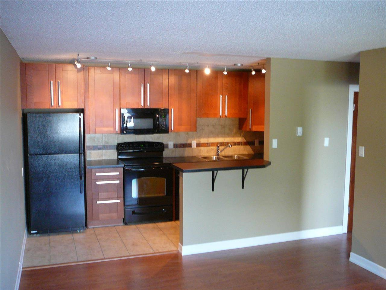 22 - 10920 53 Avenue Nw, Edmonton | Image 1