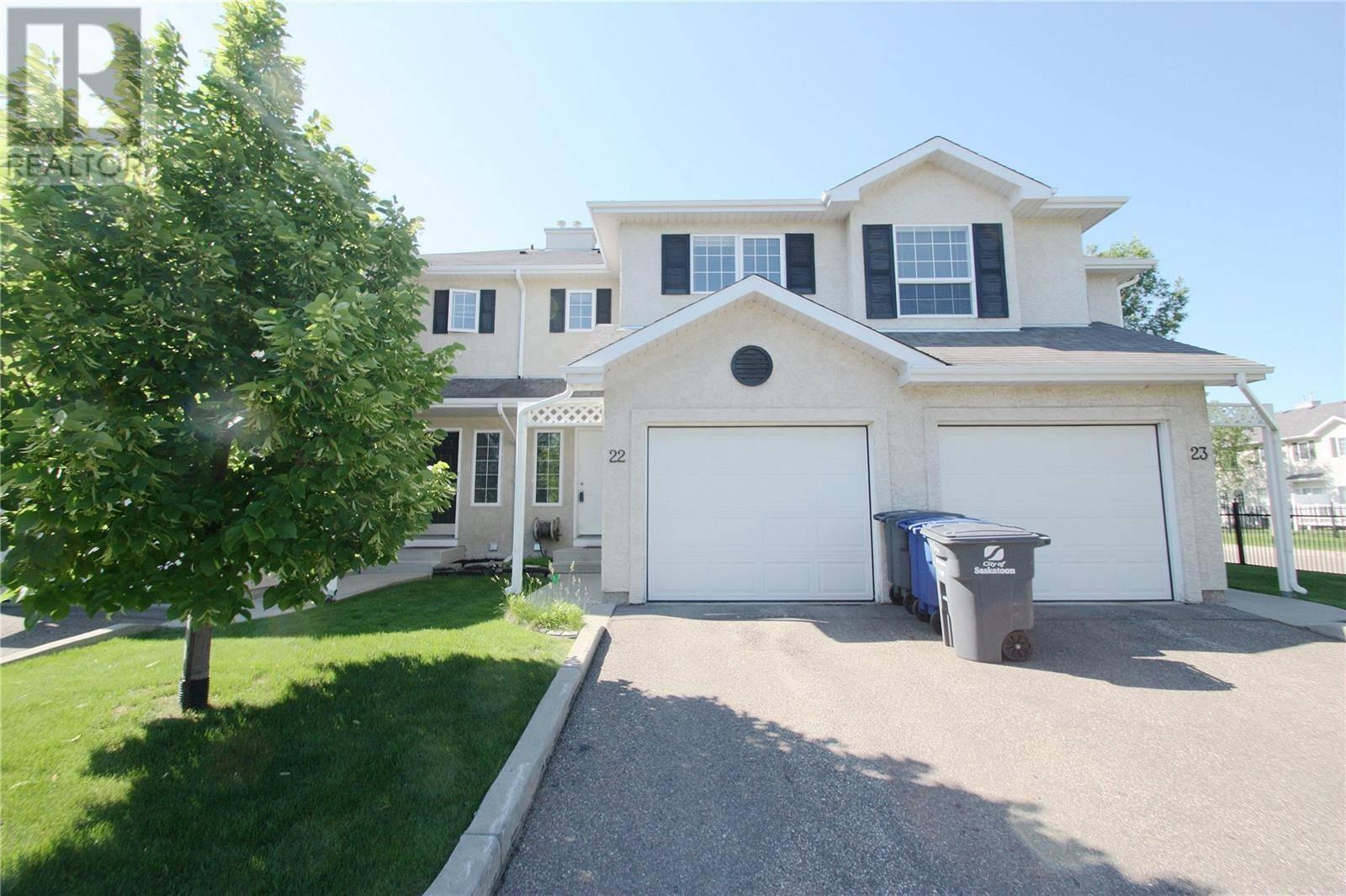 Townhouse for sale at 138 Banyan Cres Unit 22 Saskatoon Saskatchewan - MLS: SK778440