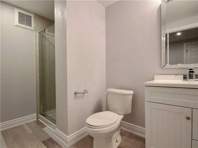 For Sale: 1525 1525 Road, Oakville, ON   3 Bed, 2 Bath Home for $529,000. See 20 photos!