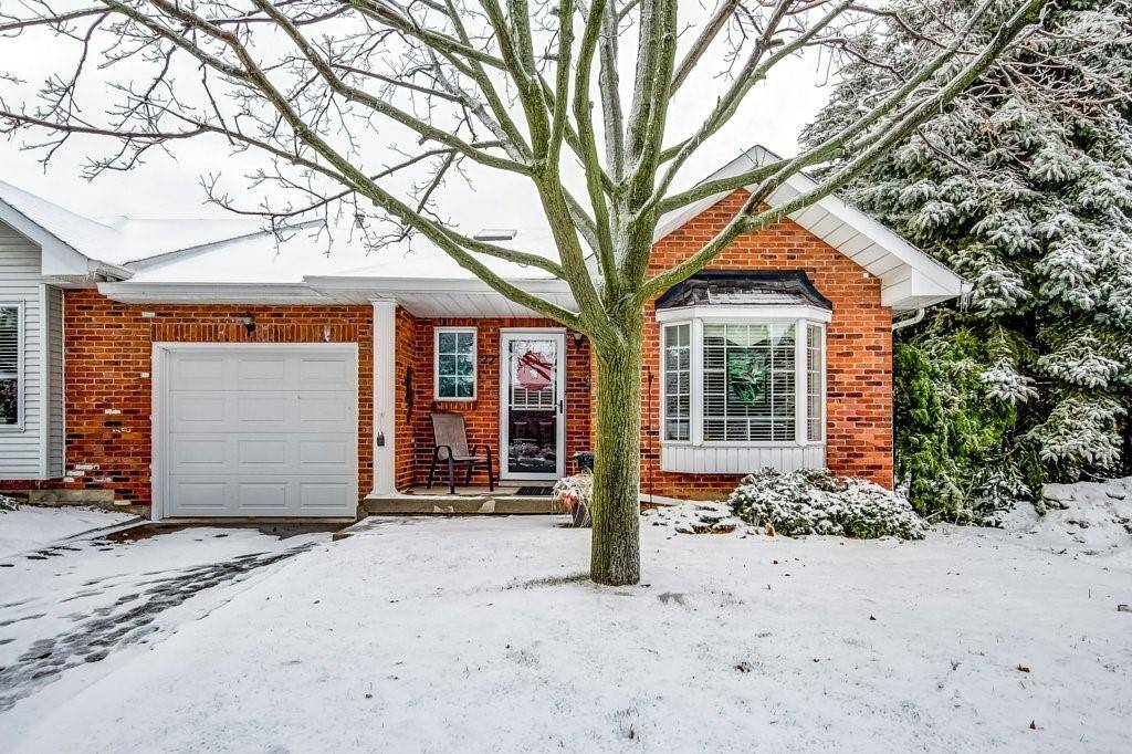 Townhouse for sale at 20 Meadowlands Blvd Unit 22 Ancaster Ontario - MLS: H4069018