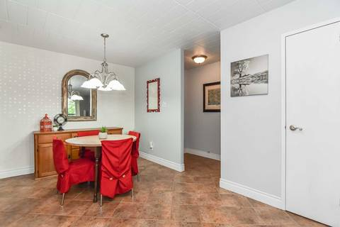 22 - 63 Conroy Crescent, Guelph   Image 1