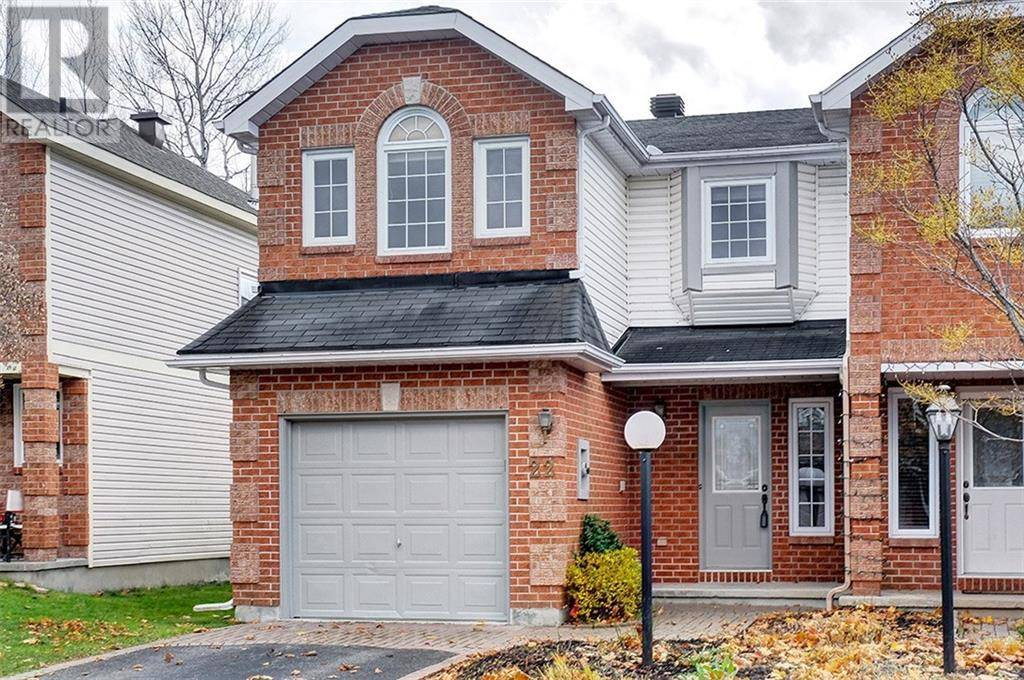 Townhouse for sale at 22 Aintree Pl Ottawa Ontario - MLS: 1174571