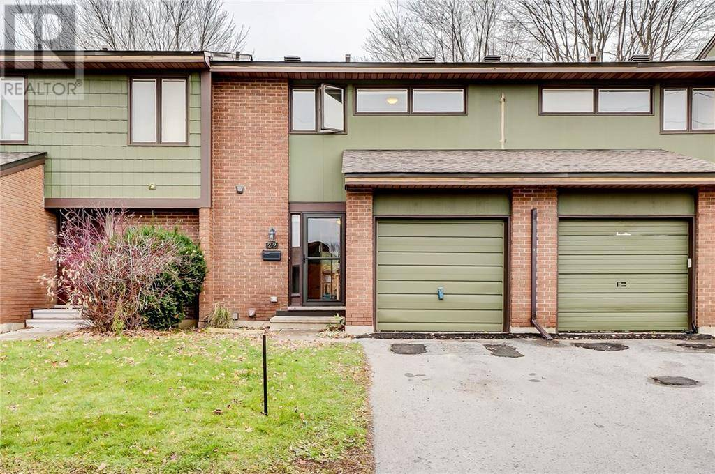 Townhouse for sale at 22 Bethune Wy Ottawa Ontario - MLS: 1173897