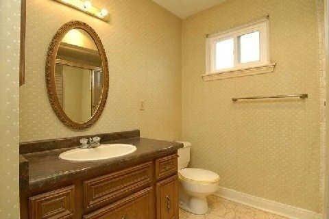 House for rent at 22 Bradenton Dr Toronto Ontario - MLS: C4963257