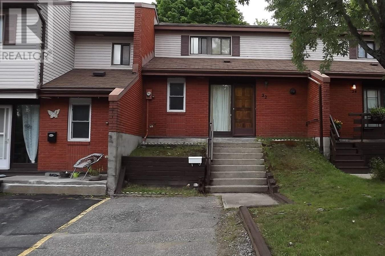 Townhouse for sale at 22 Capital Pl Elliot Lake Ontario - MLS: SM129688