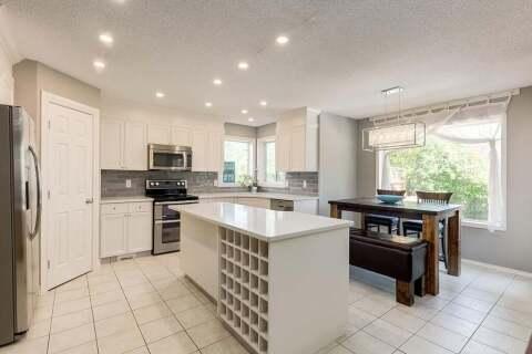 House for sale at 22 Chapala Gr SE Calgary Alberta - MLS: C4304875