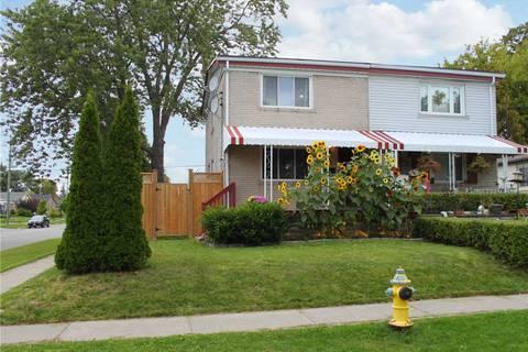 Townhouse for sale at 22 Chesapeake Ave Toronto Ontario - MLS: E4579174