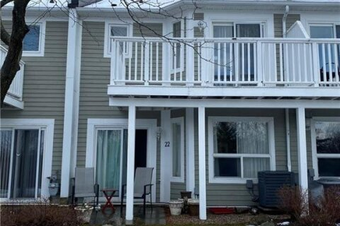 Townhouse for sale at 22 Cranberry Surf Collingwood Ontario - MLS: 40047551