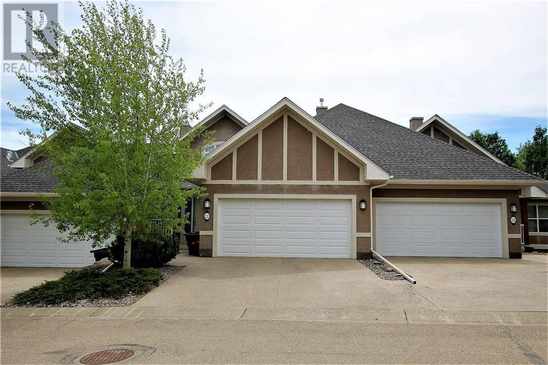 Townhouse for sale at 22 Cranna Cove Lacombe Alberta - MLS: ca0181480