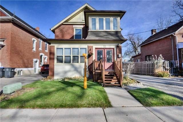 For Sale: 22 Elliott Street, Brampton, ON | 4 Bed, 2 Bath House for $624,900. See 20 photos!