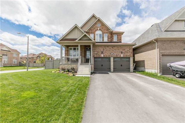 For Sale: 22 Hawke Crescent, New Tecumseth, ON | 4 Bed, 4 Bath House for $850,000. See 20 photos!