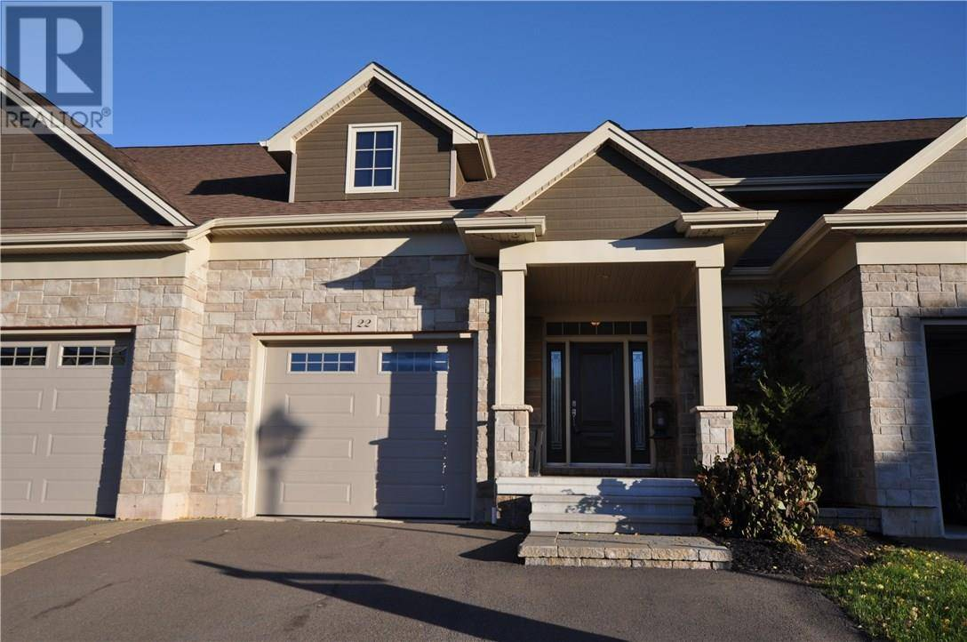 Townhouse for sale at 22 Jacob Ct Dieppe New Brunswick - MLS: M120328