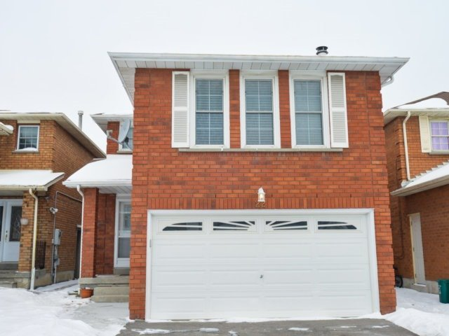 Sold: 22 Kintyre Street, Brampton, ON