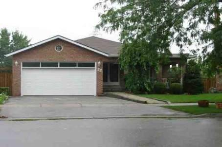House for sale at 22 Lapworth Cres Toronto Ontario - MLS: E4731159