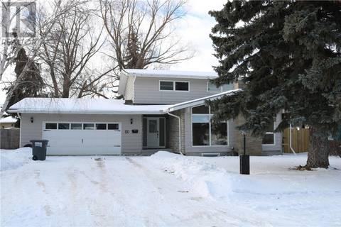 House for sale at 22 Leddy Cres Saskatoon Saskatchewan - MLS: SK798448