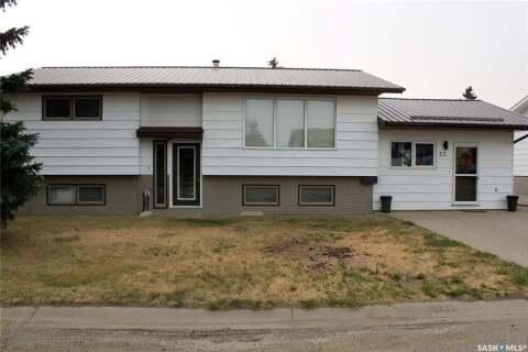 House for sale at 22 Morin Cres Gravelbourg Saskatchewan - MLS: SK805671