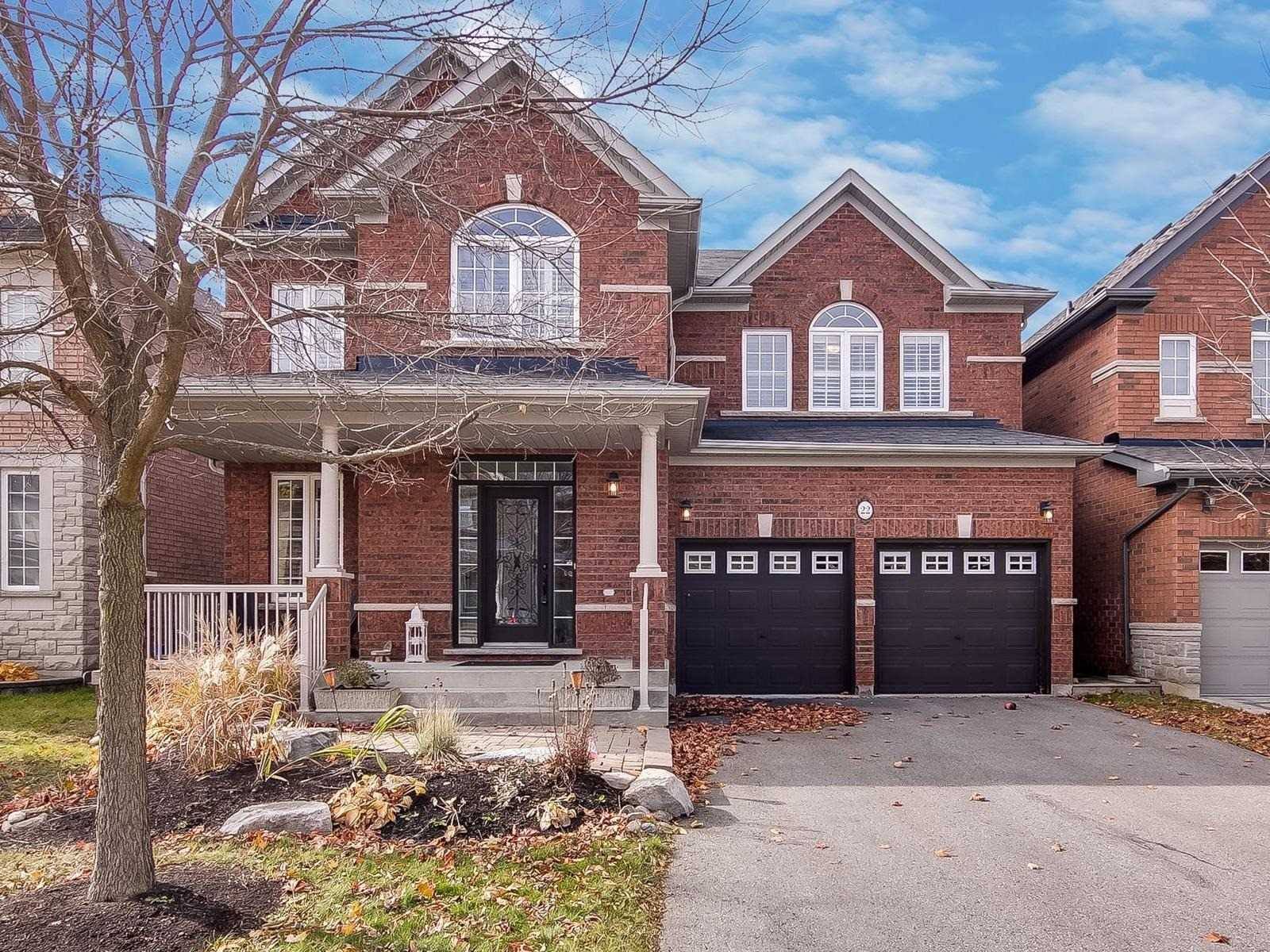 For Sale: 22 Morland Crescent, Aurora, ON   4 Bed, 5 Bath House for $1198000.00. See 20 photos!