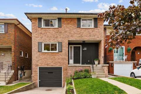 House for sale at 22 Ormskirk Ct Toronto Ontario - MLS: W4811258