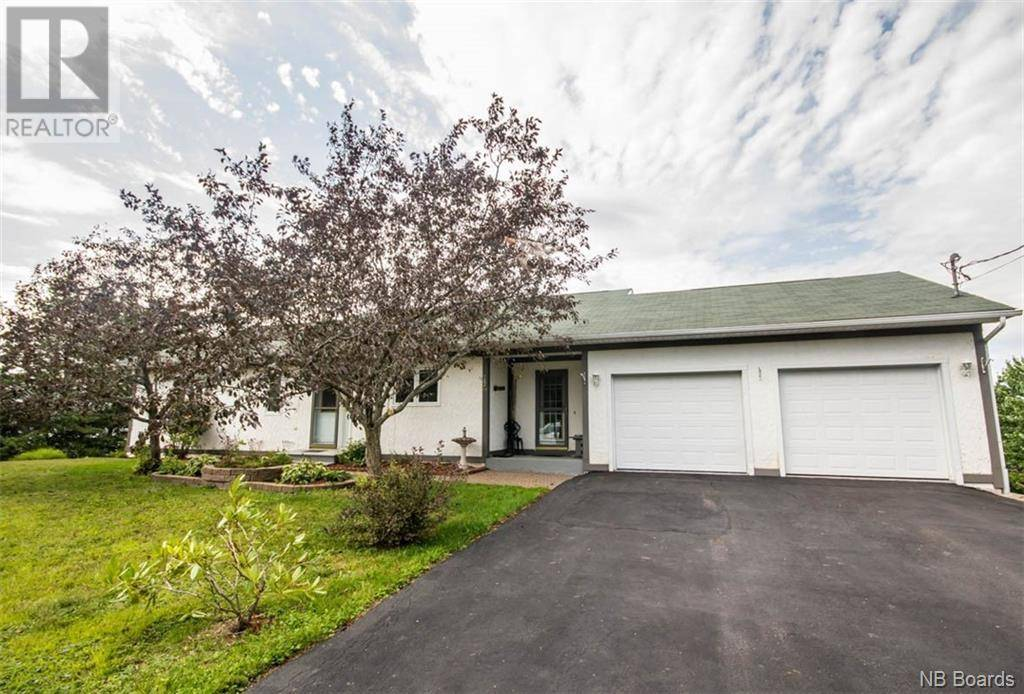 House for sale at 22 Rockland Rd Upper Kingsclear New Brunswick - MLS: NB042793