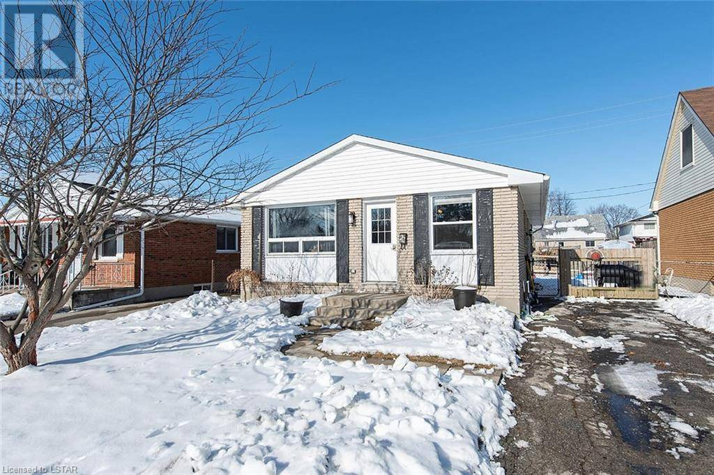 House for sale at 22 Taylor Cres St. Thomas Ontario - MLS: 240920