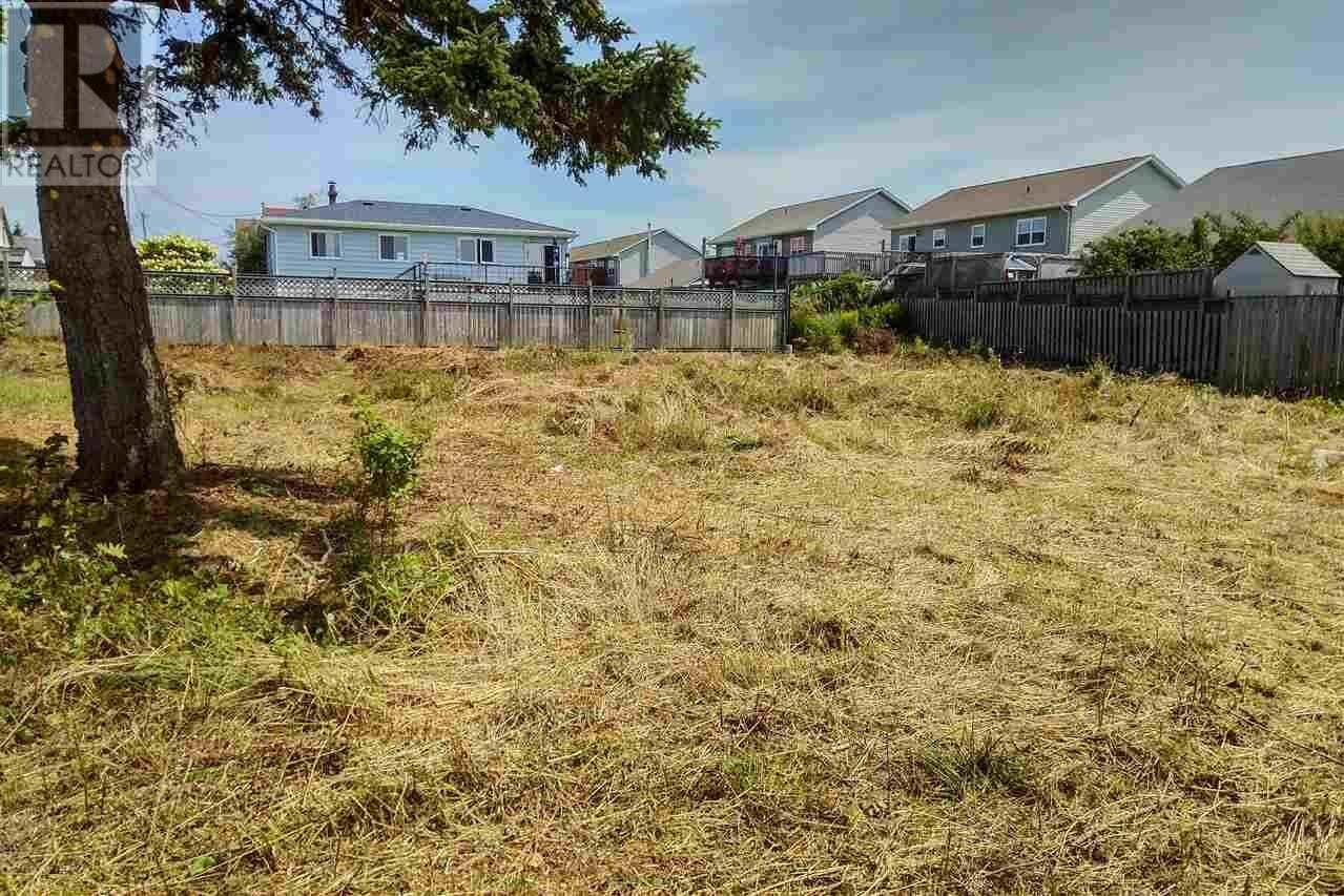 Home for sale at 22 Yorks Ln Eastern Passage Nova Scotia - MLS: 202010019