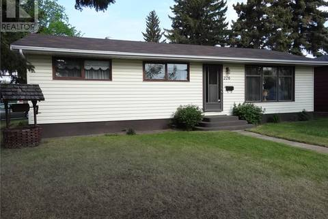220 2nd Avenue, Rosthern | Image 1