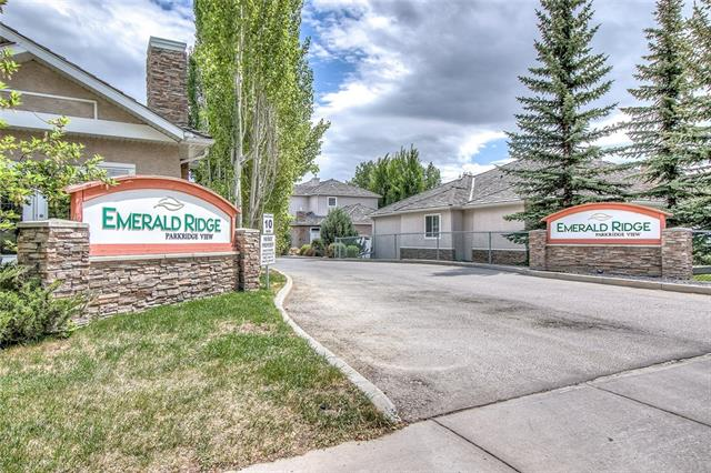 Buliding: 40 Parkridge View Southeast, Calgary, AB