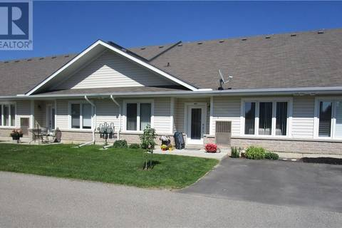 Townhouse for sale at 760 Woodhill Dr Unit 220 Fergus Ontario - MLS: 30746849