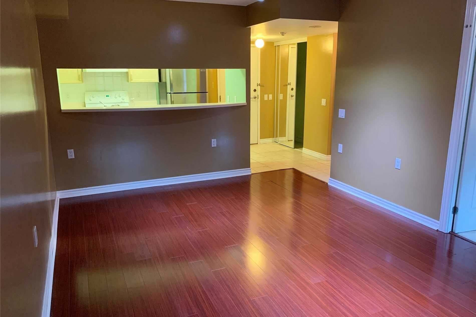 Apartment for rent at 9015 Leslie St Unit 220 Richmond Hill Ontario - MLS: N4837580