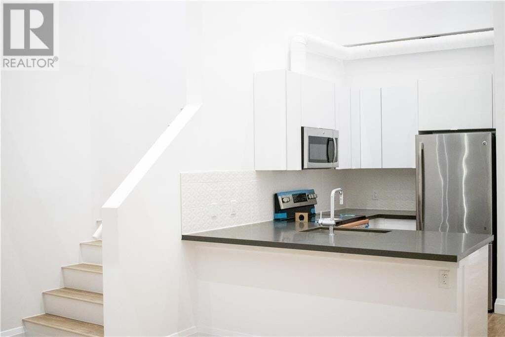 Apartment for rent at 220 Dundurn St South Hamilton Ontario - MLS: 30798588