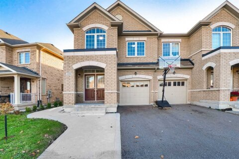 Townhouse for sale at 220 Elbern Markell Dr Brampton Ontario - MLS: W4970840