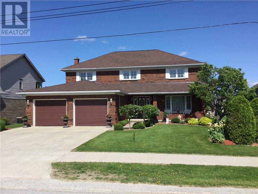 House for sale at 220 Hinks St Walkerton Ontario - MLS: 197502