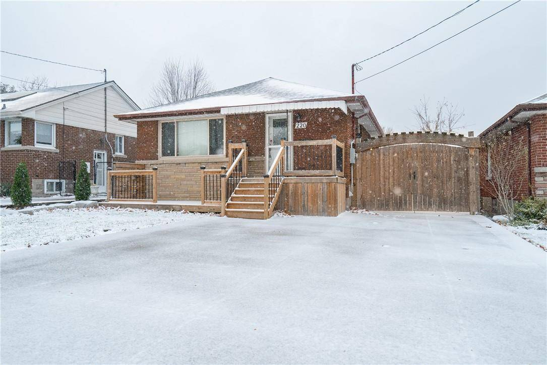 House for rent at 220 17th St West Hamilton Ontario - MLS: H4067767
