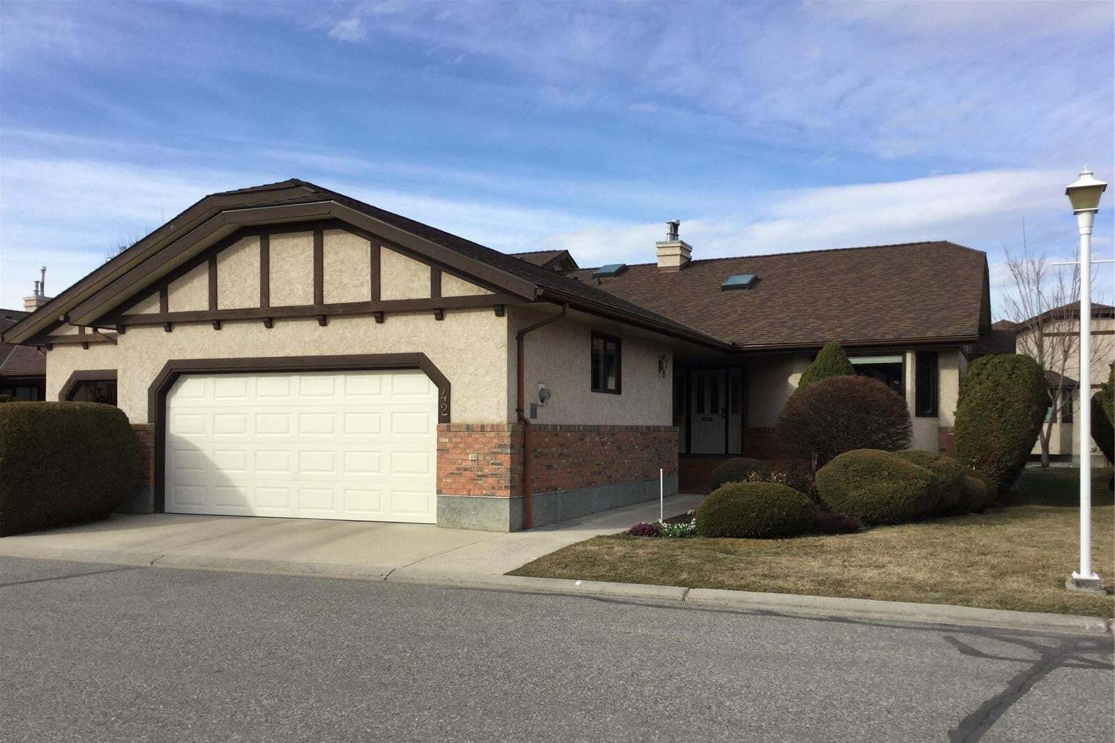 Townhouse for sale at 2200 Gordon Dr Kelowna British Columbia - MLS: 10201189
