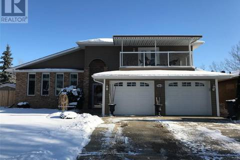 House for sale at 2202 95th St North Battleford Saskatchewan - MLS: SK801505