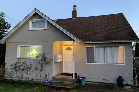 House for sale at 2202 Hamilton St New Westminster British Columbia - MLS: R2528587