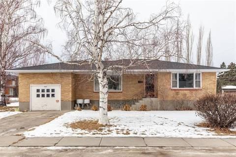 House for sale at 2203 8 St Northeast Calgary Alberta - MLS: C4286779