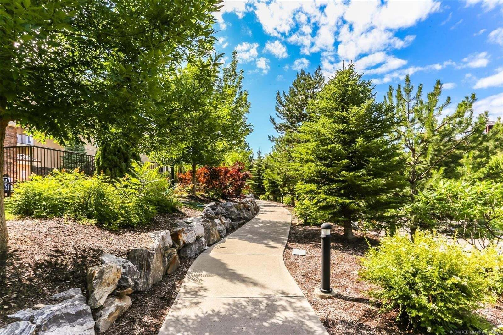 Condo for sale at 1873 Country Club Dr Unit 2204 Kelowna British Columbia - MLS: 10210922