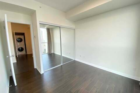 Apartment for rent at 75 Eglinton Ave Unit 2204 Mississauga Ontario - MLS: W4955125