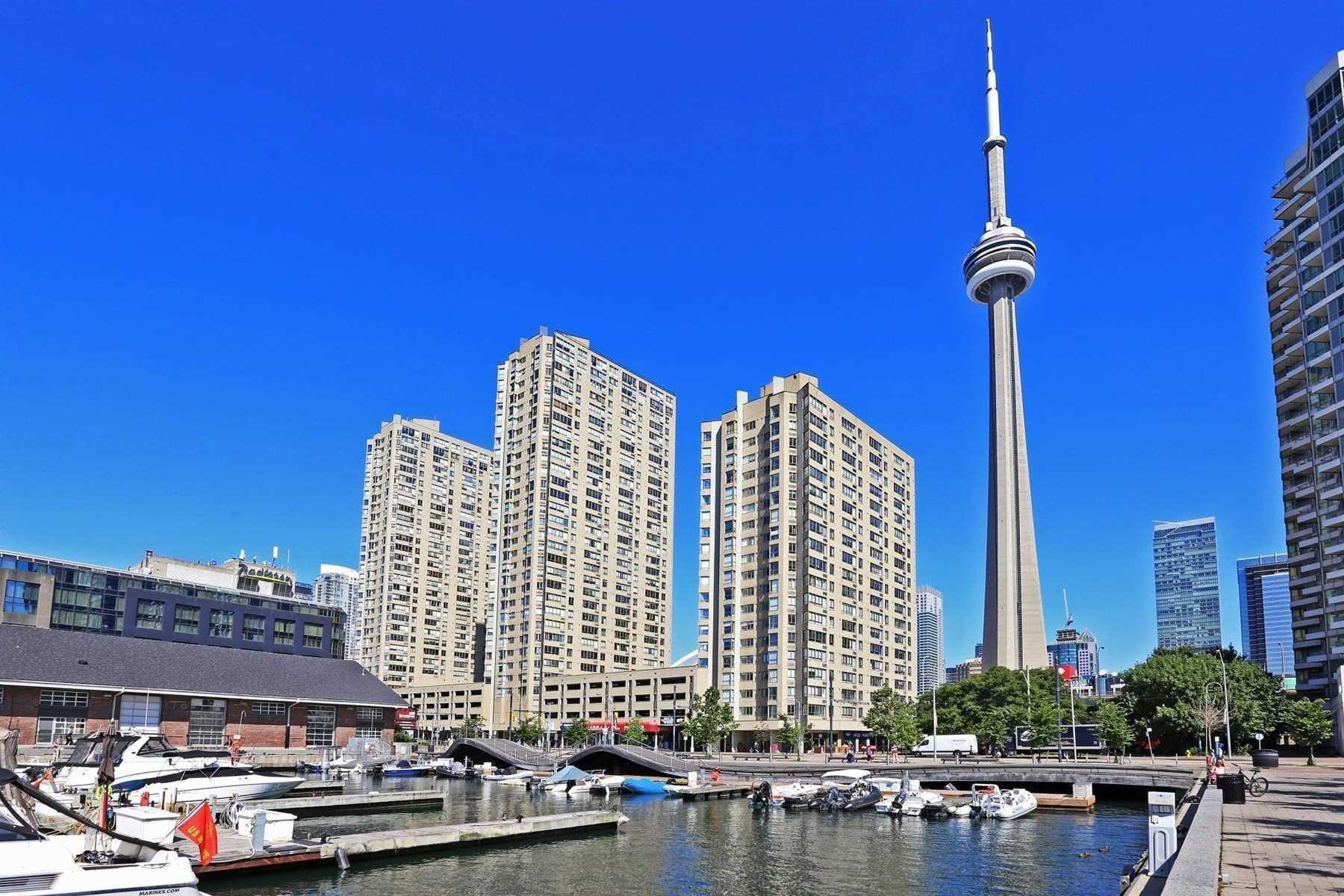 For Rent: 2205 - 260 Queens Quay West, Toronto, ON | 2 Bed, 1 Bath Condo for $2000.00. See 8 photos!