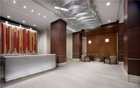 Apartment for rent at 330 Burnhamthorpe Rd Unit 2207 Mississauga Ontario - MLS: W4652338