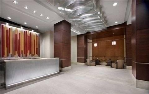 Apartment for rent at 330 Burnhamthorpe Rd Unit 2207 Mississauga Ontario - MLS: W4698373
