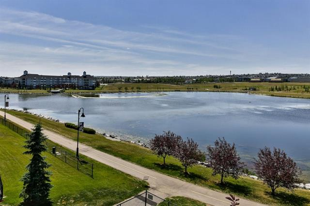 Sold: 2207 - 43 Country Village Lane Northeast, Calgary, AB