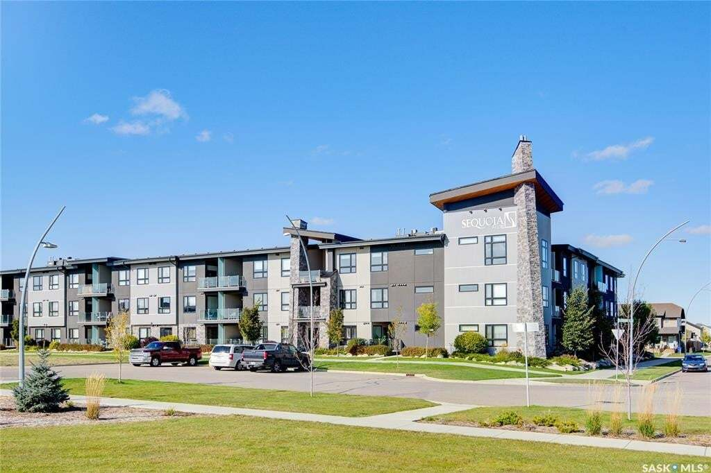Condo for sale at 235 Evergreen Sq Unit 221 Saskatoon Saskatchewan - MLS: SK809830