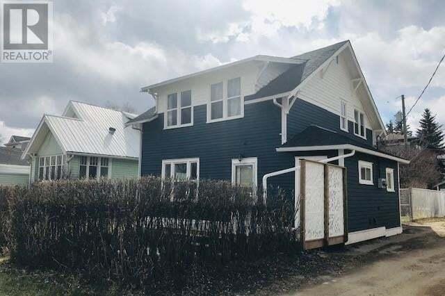 House for sale at 221 3 St East Drumheller Alberta - MLS: SC0164015